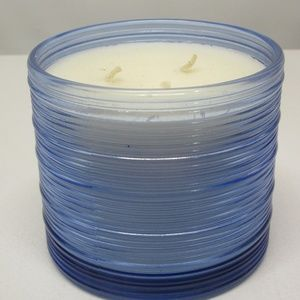 Bath & Body Works Frosty Air 3-Wick Candle
